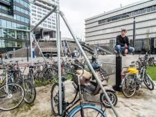 Freerunnen op het Jaarbeursplein? Vergeet het maar, het staat vol met geparkeerde fietsen