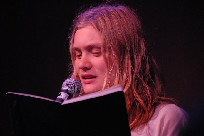 Lieke van de Wiel, spoken word-vertolker van Poetry Circle 013