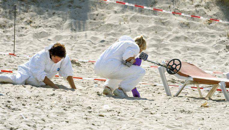 Onderzoek op het strand gaat onverminderd door. Foto ANP Beeld