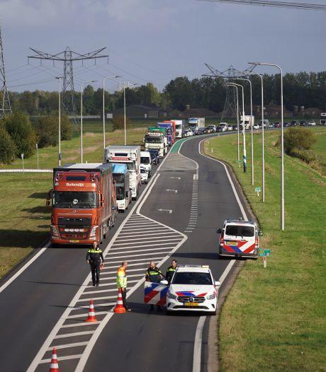Ongeluk op Maas en Waalweg zorgt voor flinke vertraging