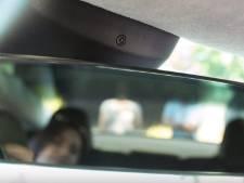 """Pourquoi les conducteurs de Tesla feraient mieux de cacher la caméra """"secrète"""" de leur voiture"""