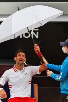 Premier tour mouvementé pour Djokovic: le Serbe domine Fritz malgré la pluie et une longue interruption