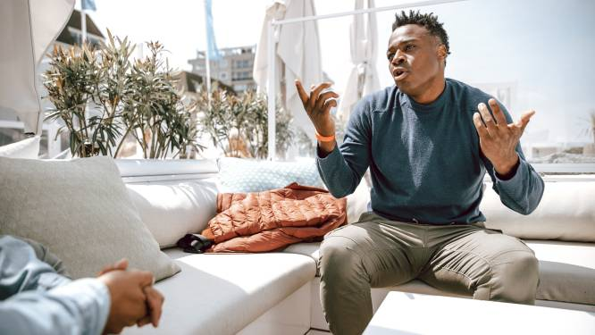 Na Scifo nu ook Mpenza's ontslagen bij noodlijdend Moeskroen, Jeunechamps nieuwe hoofdcoach