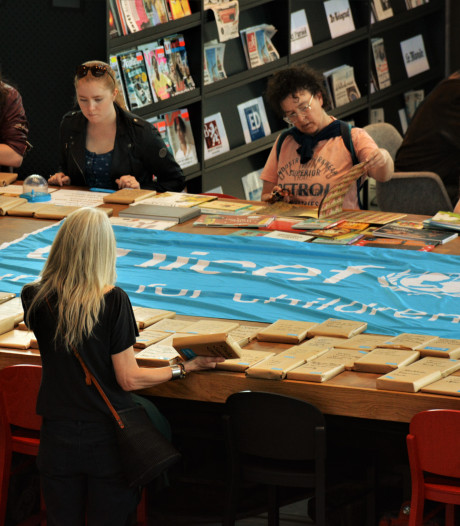 Niet op kaft oordelen: blind date met boek in Tilburg