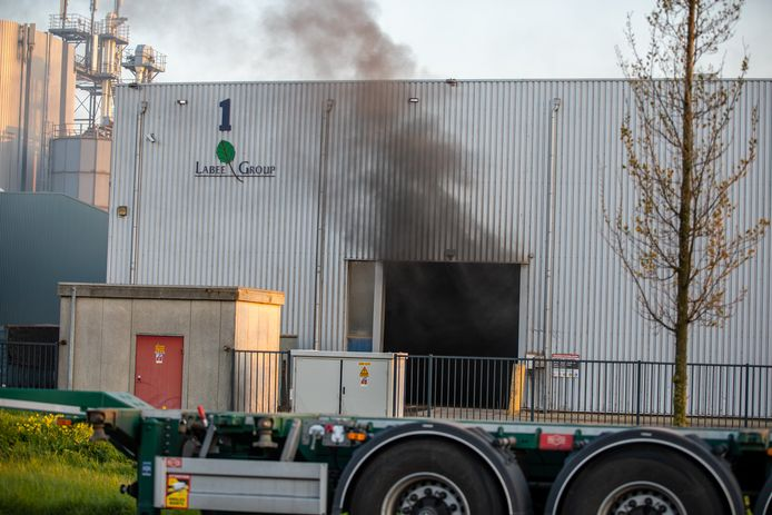 De bedrijfsbrand in Moerdijk.