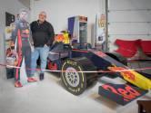 Bob verkoopt z'n levensgrote Max Verstappen raceauto: 'Leuk voor in een mancave'