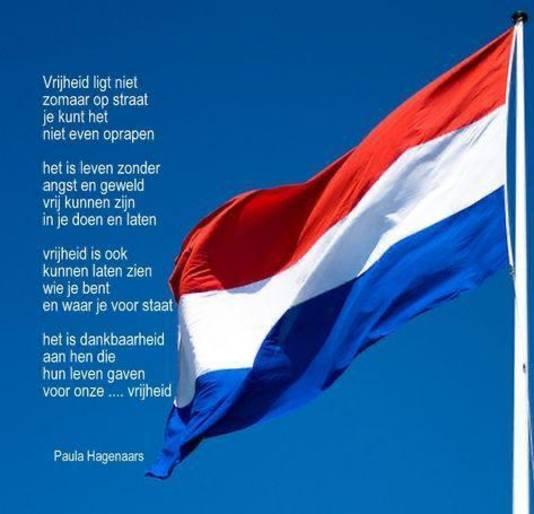 In Boxmeer las de azc-bewoonster Mariam (13 jaar) uit Syrië een gedicht van Paula Hagenaars voor.