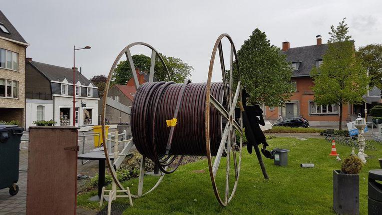 Naakt model Tube