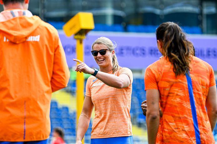 Dafne Schippers heeft plezier in Chorzów.