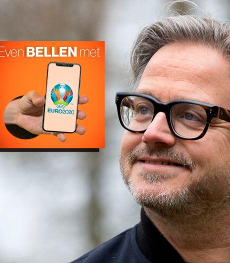 Guus Meeuwis over Oranjekoorts: 'Natuurlijk zijn de kids ook fan, anders stuur ik ze naar de kostschool'