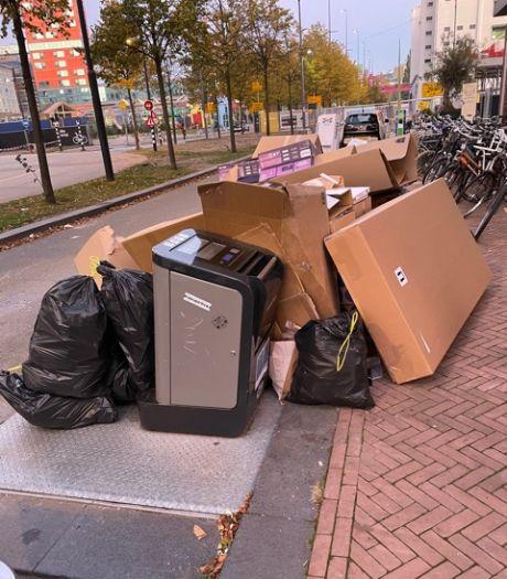 """Strijp-S in Eindhoven zucht onder hopen afval: ,,Het ziet er niet uit en het stinkt, zeker in de zomer"""""""