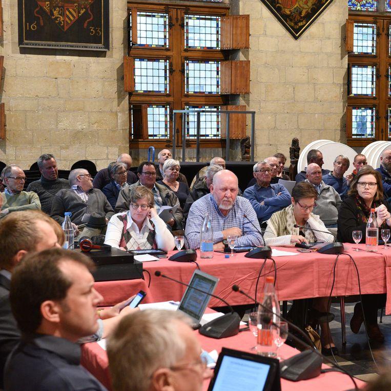 """""""Laat de gemeenteraad eens plaatsvinden in een deelgemeente"""", stelt Groen voor."""