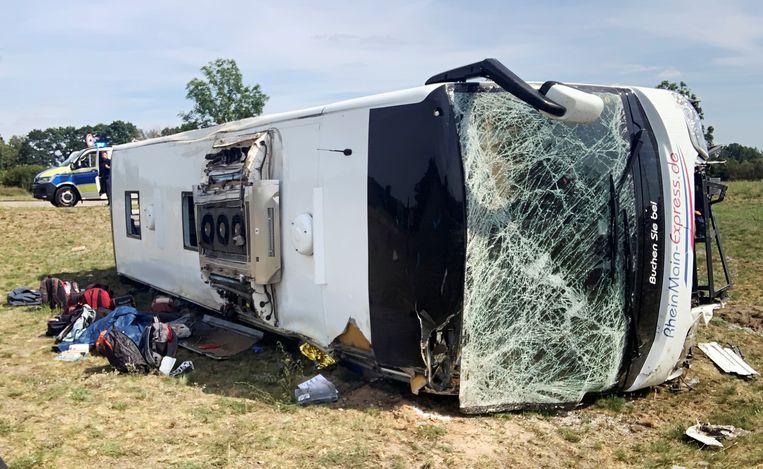 Het ongeval vond plaats op de A13 nabij Schönwald, op zestig kilometer ten zuiden van Berlijn. Beeld REUTERS