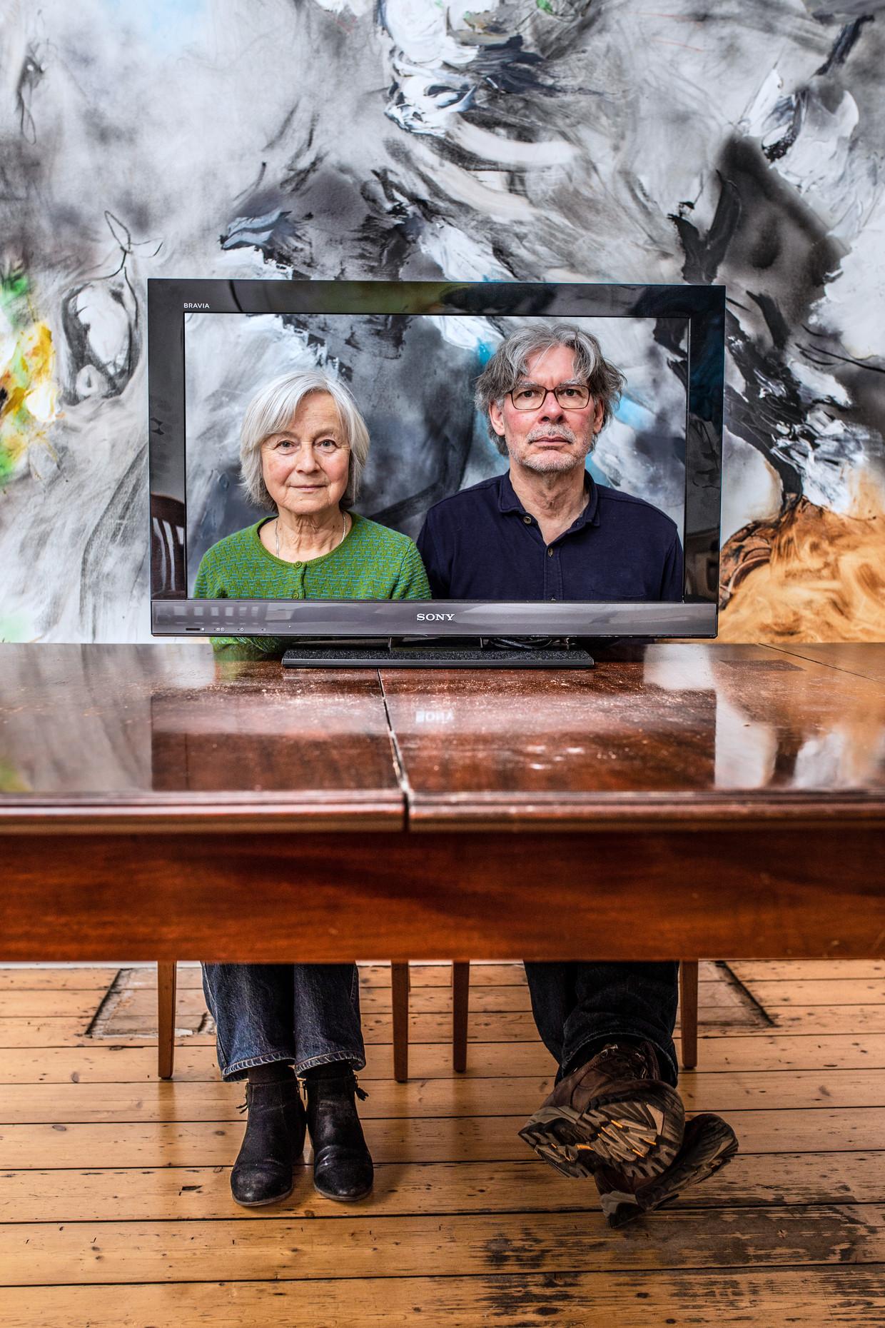 Portret van Peter en Petra Lataster die dit jaar voor het eerst stemmen voor de Oscars. Beeld Nosh Neneh
