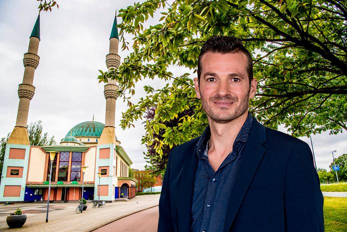 De Mevlana Moskee is een van de moskeeën in Rotterdam waar op vrijdag de gebedsoproep uit de luidsprekers schalt.