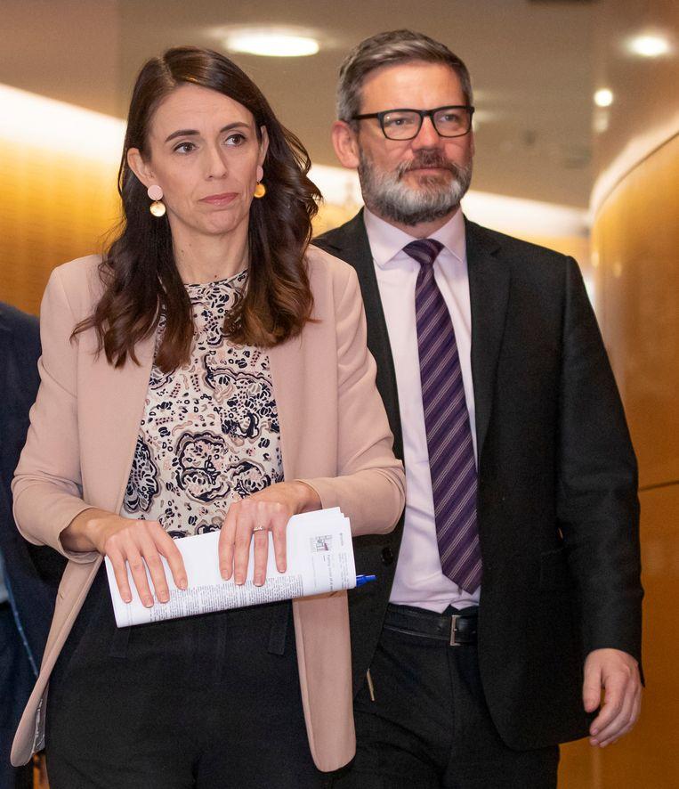 Jacinda Ardern en minister Iain Lees-Galloway, begin juli. Beeld AP