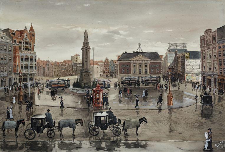 M.J. De Jongh, De Dam voor de grote afbraak van 1912, gezien vanaf het balkon van het Paleis, 1912 Beeld Stadsarchief Amsterdam