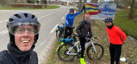 'Even' een rondje fietsen; Timo rijdt in twaalf uur door alle twaalf provincies