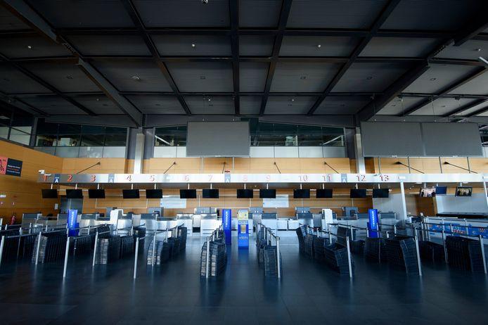 Aéroport désert à Charleroi, en avril