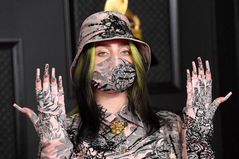 Tijdens de Grammy's had Billie nog groen-zwart haar.  Beeld AFP