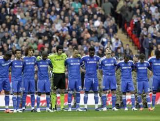 """Chelsea-fans schreeuwen """"moordenaars"""" tijdens minuut stilte"""