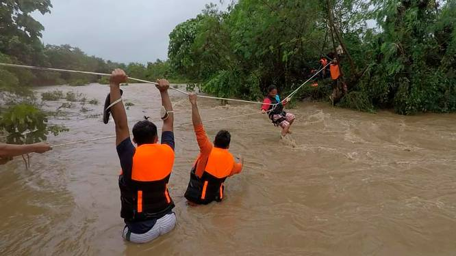 Tropische storm Kompasu kost dertig mensen het leven op Filipijnen