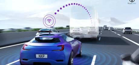 NXP in Eindhoven en Hitachi laten auto's 'om de hoek kijken'
