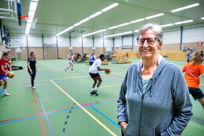 Margreet van Putten van Almonte nam het initiatief om clubs te benaderen met vragen over het voortzetten van de basketbalcompetitie.