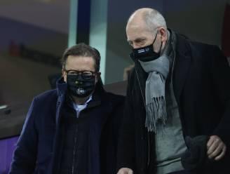 Anderlecht-CEO Donvil staat (boze) fans vanavond te woord