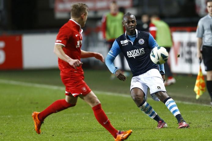 Cendrino Misidjan in het shirt van Sparta tegen Jong FC Twente.