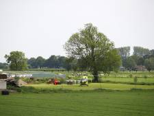 Man raakt gewond bij ongeluk met shovel op boerenerf in Veessen