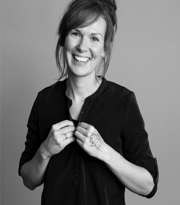 Marjoleine Firet maakt kans op de titel 'Twentse jonge ambtenaar van het jaar 2019'.