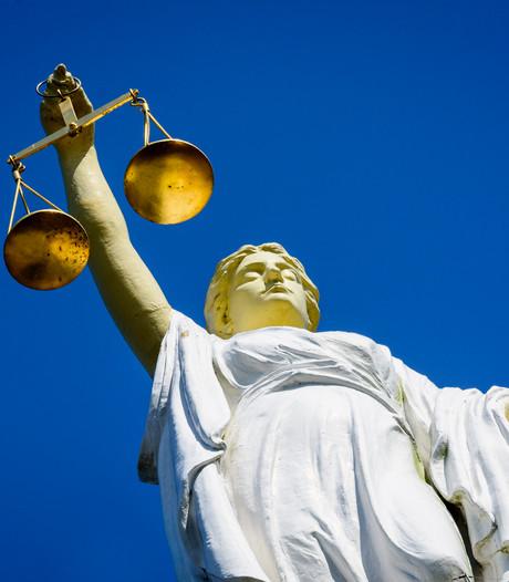 Taakstraf en voorwaardelijke celstraf voor Bredanaar voor afgezaagd jachtgeweer