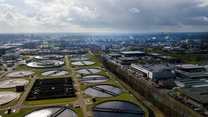 Vlakbij Kerschoten in Apeldoorn-Noord ligt de rioolwaterzuivering die duurzame warmte kan leveren voor de aangrenzende wijk. Het warmtenet kan hier binnen acht tot tien jaar een feit zijn.