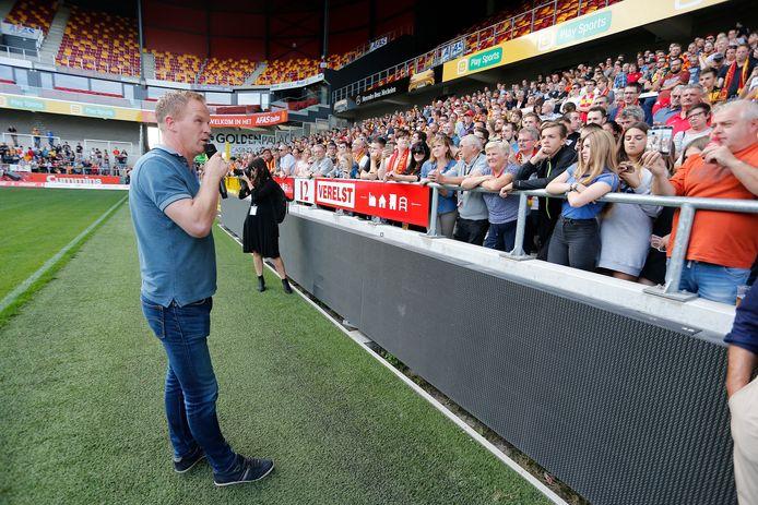 Ook trainer Wouter Vrancken sprak de fans vorige zondag toe.