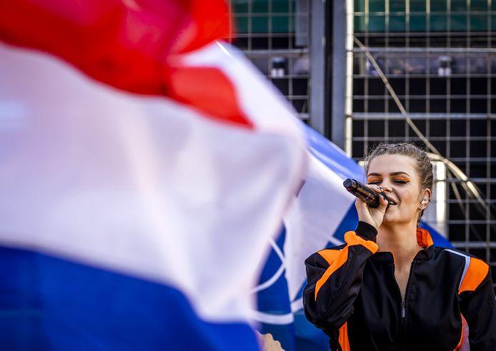 Davina Michelle voorafgaand aan de Dutch Grand Prix op het circuit van Zandvoort.