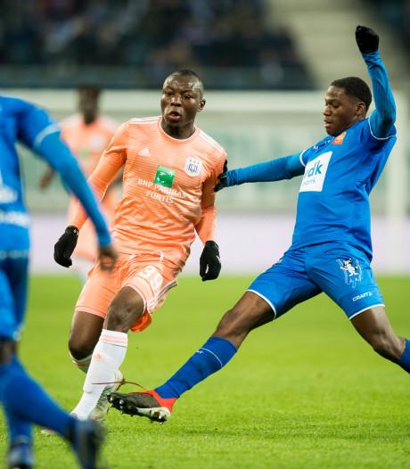 'Belgische Arbiters geven kaartjes aan harde kern FC Utrecht'