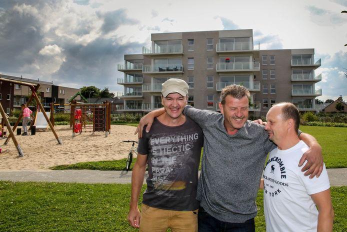 """Inwoners Chris Vanneste, Gino Vermaut en Chrispijn Laevens zijn het erover eens: """"Heule leeft, en dat is mooi meegenomen."""""""
