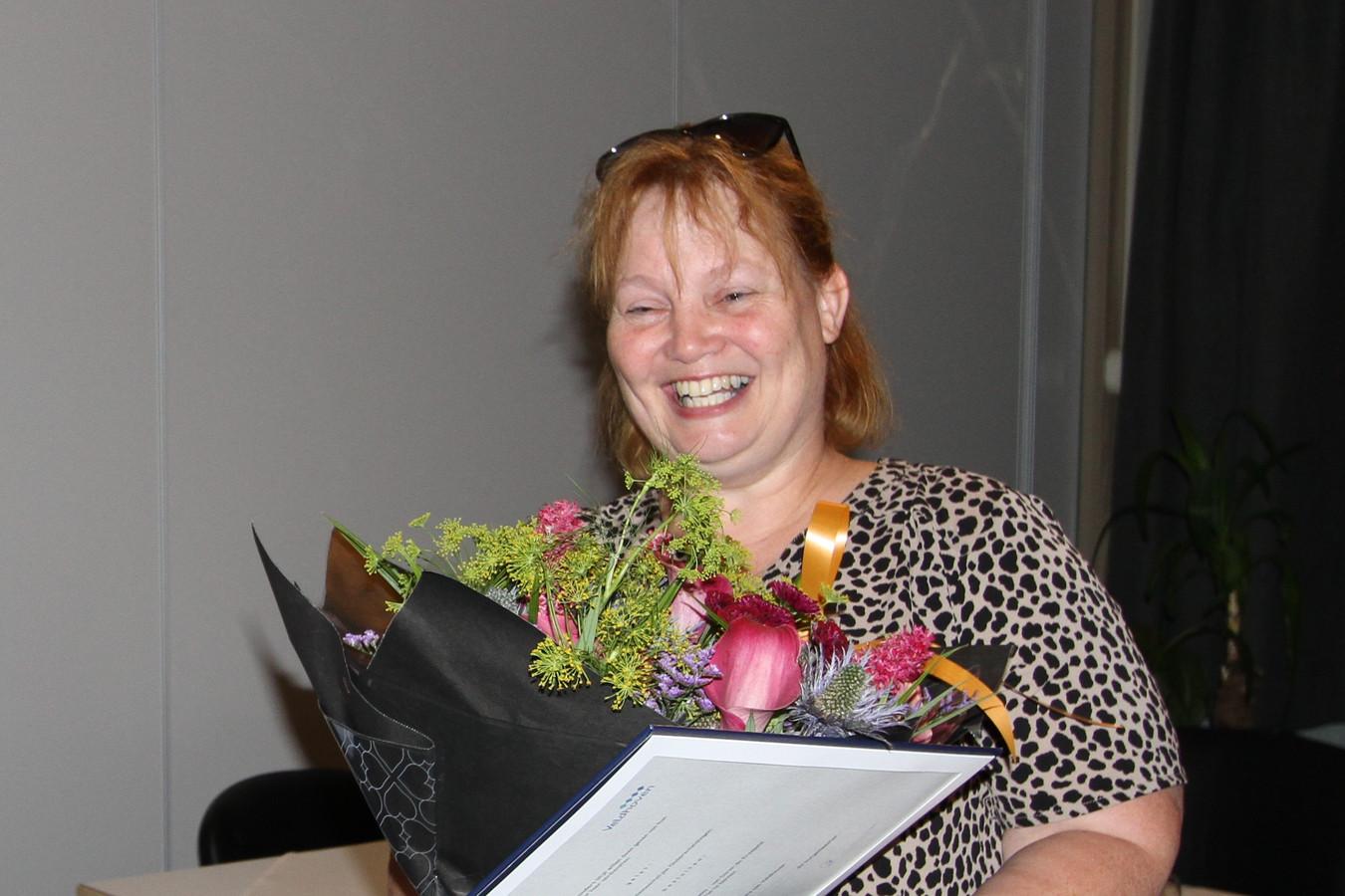 Sonja Silkens-van Doren ontving gisteravond de Erespeld van de gemeente Veldhoven.
