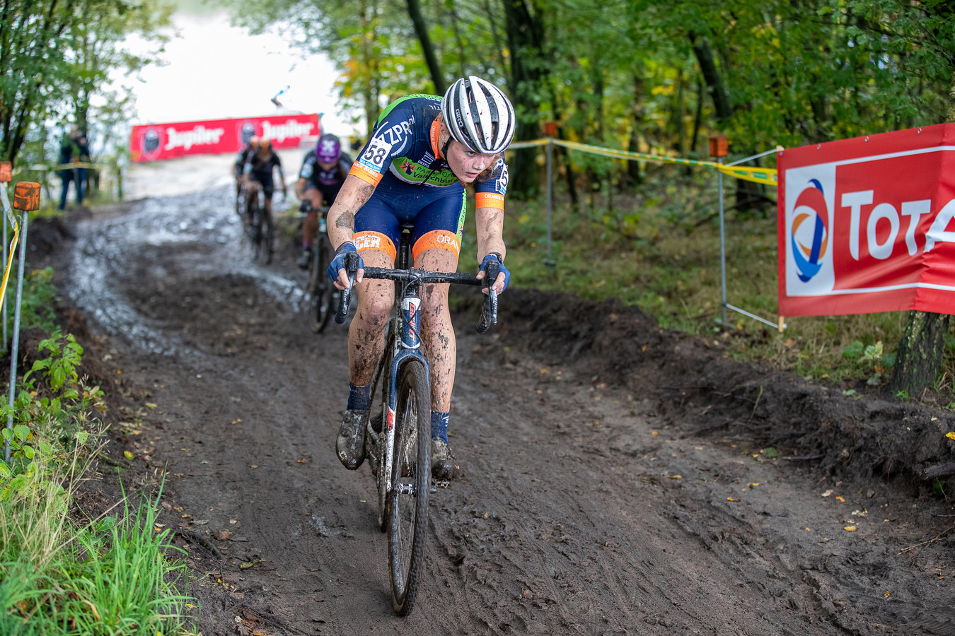 Isa Nomden start komend weekeinde voor het eerst in een groot kampioenschap.