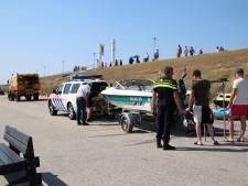 Speedboot botst op rubberboot bij Zoutelande: meisje (15) overleden