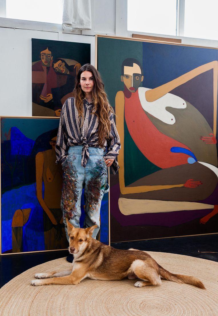 Peggy Kuiper: 'Bij een kunstenaar denk je misschien: die doet drugs en drinkt veel, maar wat dat betreft ben ik een saaie doos.' Beeld Nina Schollaardt