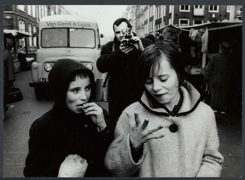 Beeld uit Beppie, een film van Johan van de Keuken over zijn Amsterdamse buurmeisje (1965).