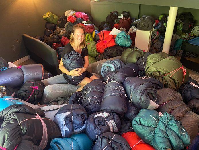 Cecile Korevaar uit Bilthoven is een van de vrijwilligers die zich heeft aangemeld als inzamelaar van de slaapzakken.