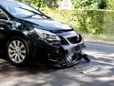 Man gewond bij botsing op N271 bij Milsbeek