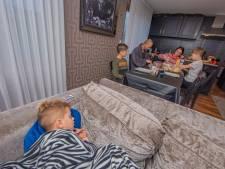 TikTokfamilie rekent af met vooroordelen over woonwagenkamp: 'Gewoon een heel leuk gezin'