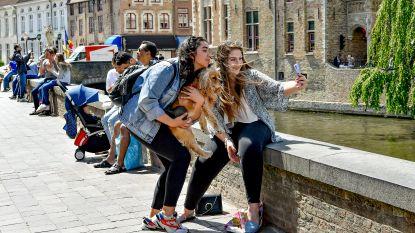 """En intussen in Brugge: """"Heel veel pralines moeten weggooien"""""""