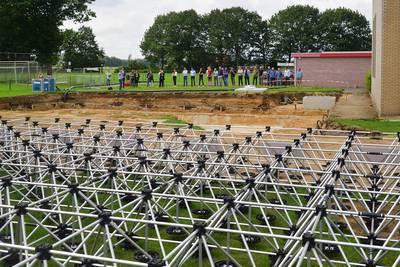 Voetbalvereniging Wernhout gaat als eerste van het gas af met warmtebuffer in de grond