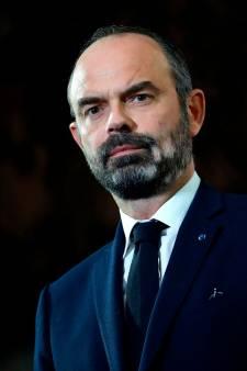 """La France maintient sa réforme des retraites et les """"concessions"""" ne convainquent pas les syndicats"""