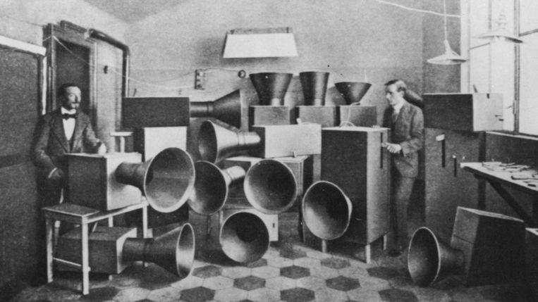 Lawaaimachines van de Italiaanse futuristische kunstenaar Luigi Russolo Beeld Luigi Russolo (1885-1947)